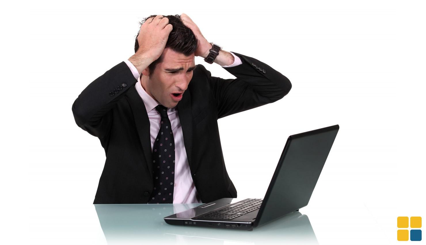 Desespero, laptop com vírus